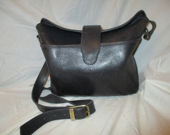 Vintage Etienne Aigner cross body shoulder bag