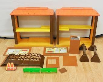 Vtg Barbie Loves McDonald's Playset Mattel 1982 Restaurant Parts / Restoration
