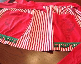 Ball fringe Christmas apron