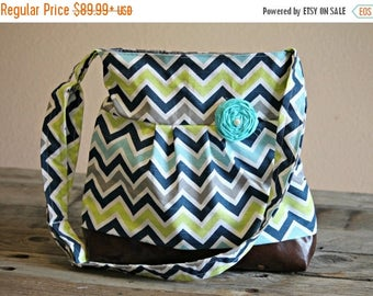 CHRISTMAS SALE Conceal Carry Purse, Medium Messenger Bag, Blue Chevron, Conceal Carry Handbag, Concealed Carry Purse, Conceal and Carry, Sea