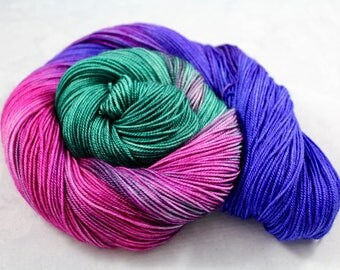 Costume Jewelry - 100g 437yd 3ply  Sw Merino/Cashmere/Silk MCS Fingering Sock Weight Yarn - Fuchsia, Emerald, Violet