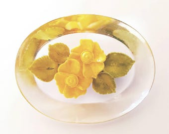 Vintage 1950s Reverse Carved Lucite Yellow Flower Brooch