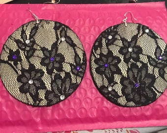 """Black lace wood 3"""" earrings"""