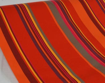 "Exterior fabric 100% Dralon ""ST Tropez Rouge"" sold in multiples of 10cm by 160cm"