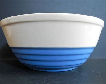 Antique Universal Potteries Mixing Bowl - Cambridge Pottery bowl, blue & white - 1940s - ovenware bowl, primitive Pottery, Ohio USA