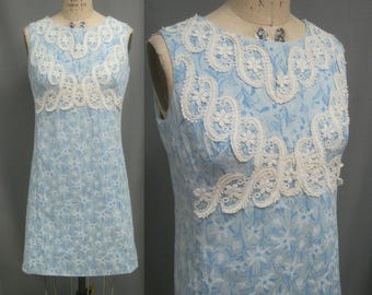 """Vintage 60s 70s LILLY PULITZER Shift DRESS  with Lace Trim Mod Era Palm Beach Style  Bust: 39"""" **Not perfect"""