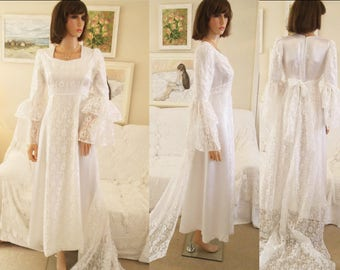 "1970s white lace wedding dress with train White satin and lace wedding dress Full length long sleeved lace wedding dress 34"" bust"