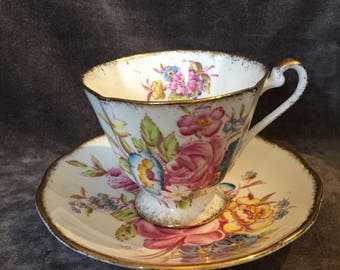 Vintage signed Roslyn pink yellow rose tea cup saucer set 8565 Sunningdale England. Rs RG Danby teacup