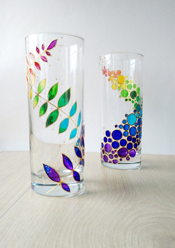 Rainbow drinking glasses painted glass drinkware couple for Homemade glass painting designs