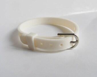 Bracelet clasp white silicone type belt