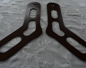 Bloqueurs à chaussettes en bois fait main - Motif Lama . forme en bois pour chaussettes fait-main artisanal.  Taille Large