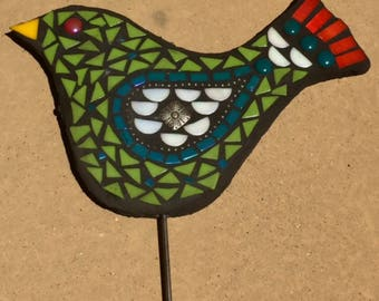 Handmade outdoor Kiwi glass mosaic garden art