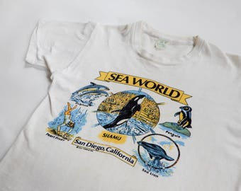 1960s Sea World souvenir tee Tropix Togs tubular knit white cotton tiny tee XXS tourist t-shirt distressed aged San Diego CA Johnny Ramone