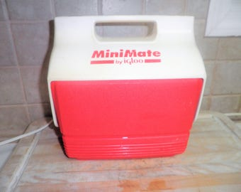 Vintage Minimate by Igloo red cooler
