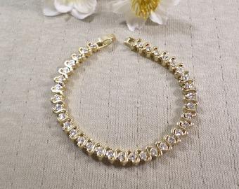 Beautiful Vintage Gold Tone Diamente Crystal Rhinestone Bracelet  DL# 2924