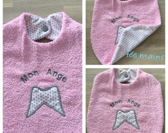 Pink girl organic cotton bib with starry angel wing