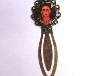 Rigid, printed bookmark chosen with love under cabochon