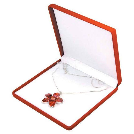 Large red velvet necklace pendant chain jewelry gift boxes for Red velvet jewelry gift boxes