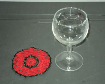 6 DOILIES or UNDERSIDE of glass hand made CROCHET red and metal