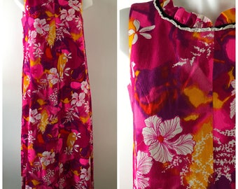 Vintage 70s Hawaiian Barkcloth Maxi Dress Ruffle Neck Pink Floral Luau Aloha Pocket