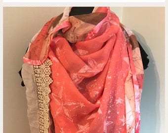 Scarf coral veil and lace
