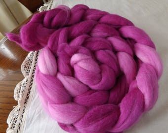 Merino roving hand dyed 20 micron 107 gms Colour 10 Pinks