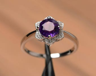 natural amethyst ring promise engagement ring sterling silver round cut purple gemstone ring February birthstone ring