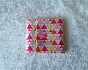 Pouch origami pink triangles
