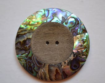 wood button and mother of Pearl 4, 5 cm 2 holes