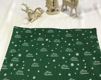 Green Placemats, Christmas Placemats, Holiday Placemats, Green Place Mats,Green and White Placemats, Set of 6 Placemats,Christmas Place Mats