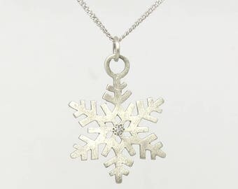 Snowflake necklace, Winter gift, Christmas gift, Holiday gift, Gift for her, Bridesmaid gift, 14K Solid gold necklace, Let it snow