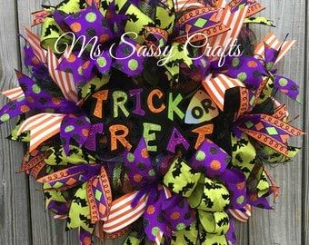 Halloween Wreath - Halloween Deco Mesh Wreath - Trick or Treat Wreath - Trick or Treat Door Hanger - Halloween Door Hanger - Halloween Decor