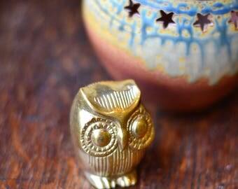 BRASS OWL owl decor, owl figurine, 1970s vintage retro, brass figurines, Owl Animal Guide, owl totem