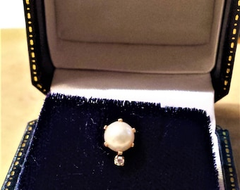 14K Gold Tie Tack with Pearl and Diamond