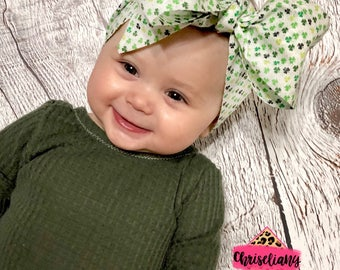 Clover Glitter Headwrap, St. Patricks Head Wrap, Shamrock Baby Head Wrap, Clover Head Wraps, Baby Headwraps, fabric head wrap