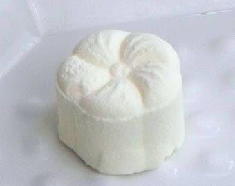 Citrus Energy - Natural Shower Steamers - Aromatherapy Shower Bombs - Shower Tablets - Shower Melts - Shower Soothers - Spa Shower Bombs
