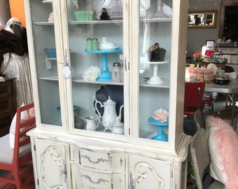Vintage French Provincial style China Cabinet