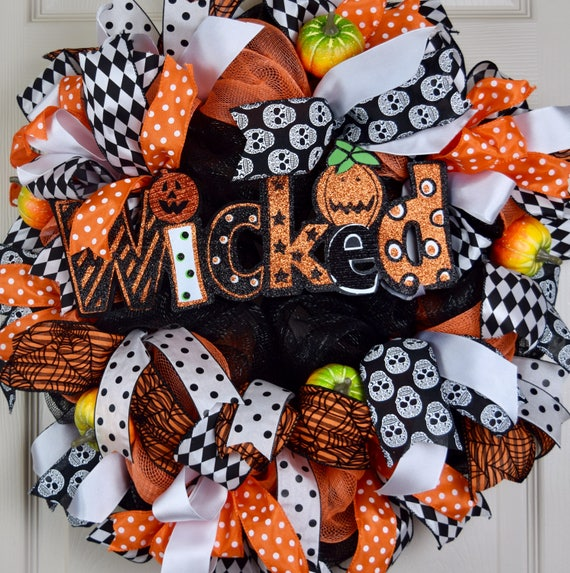 Wicked Orange, White and Black Mesh Halloween Wreath with Pumpkins; Large Halloween Fall Mesh Wreath; Halloween Door Decor; Handmade Wreath