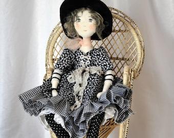 Artist doll, heirloom doll, Handmade Doll, Rag Doll, Textile Doll, Art Doll - rag doll, Ooak, CARRIE, hand made art doll