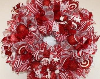 Candy Cane Wreath, Peppermint Wreath, Red and White Peppermint Wreath, Christmas Red and White Wreath, Christmas Candy Cane Wreath