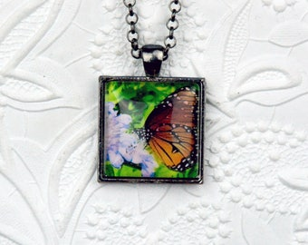 Monarch Butterfly Photo Necklace Monarch Butterfly Necklace Butterfly Necklace Butterfly Jewelry Photo Jewelry Photo Necklace Nature Jewelry