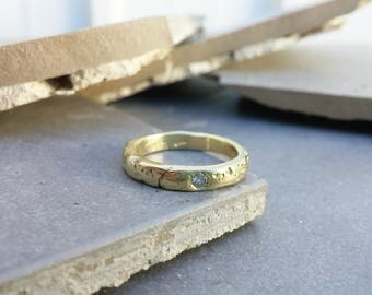 Textured unisex diamond ring, rustic textured gold ring with diamond, gold and diamond wedding band, unique engagement ring