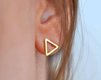 Triangle Stud Earrings, Triangle Earrings, Gold Stud Earrings, Stud Earrings, Geometric Jewelry, Geometric Earrings, Triangle Earrings