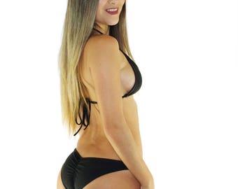 Black bikini scrunch
