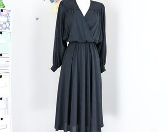 80s Does 1940s Dress - Vintage Black Full Flare Midi Evening Dress - M/L - Long Sleeve - Draped Neckline - Dolman Sleeve - Classic Elegant