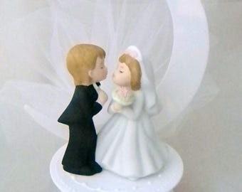 Wedding Reception Kissing Bride Groom Half Moon Cake Topper