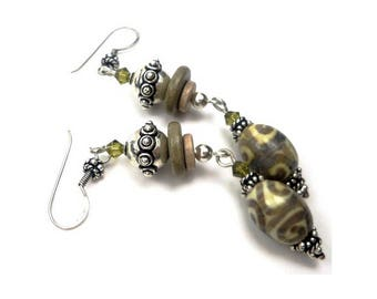 Earrings Bohemian chic silver khaki and beige