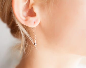 Minimalist Rose Gold Earrings, Tiny Rose Gold Drops, Dainty Earrings, Boucles D'oreilles Minimalistes Or Rose, Minimalistische Ohrstecker