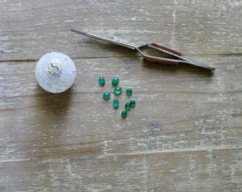 Green Agate Polished Crystal Cabochons , 8mm x 6mm Oval and 6mm Round.