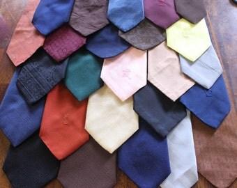 Solid Vintage Tie Lot, Retro Necktie Lot, Men's tie group, 25 solid color ties, Wearable or craft supplies